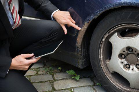 Le tecniche truffa da finto incidente stradale