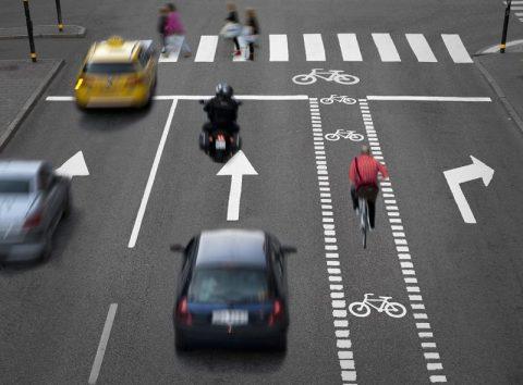 Sicurezza Stradale: uso degli indicatori di direzione
