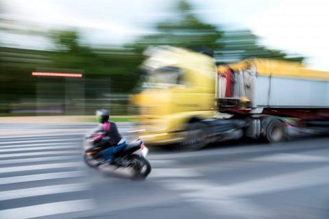 Nuove Norme UE per la Sicurezza Stradale
