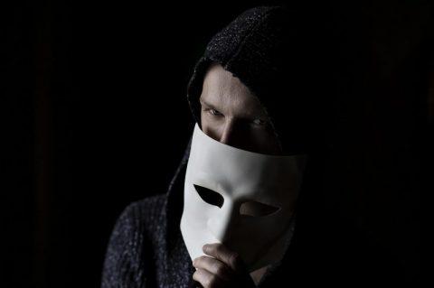 Truffe falso incidente: chiamate da sconosciuti